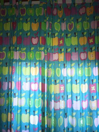 Cortinas con dibujos de manzanas URGE!!