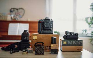 Nikon D810 + Grip Mb-D12 + Accessoires