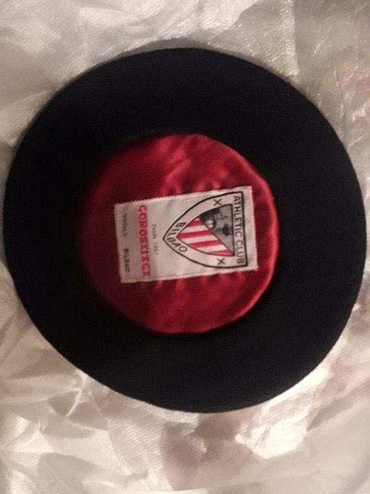 Txapela negra Diseño GOROSTIAGA de segunda mano por 22 € en Bilbao ... e9df49367c2
