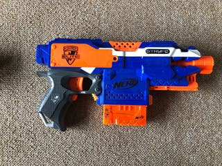 Pistolas nerf como nuevas