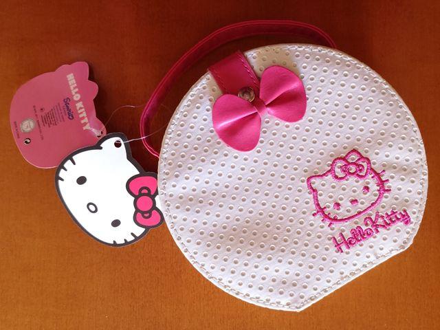 42377ecea342 Set de maquillaje Hello Kitty de segunda mano por 9 € en Valencia en ...
