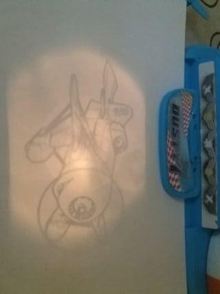 Proyector infantil para dibujar de aviones