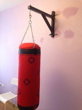 Saco boxeo y soporte