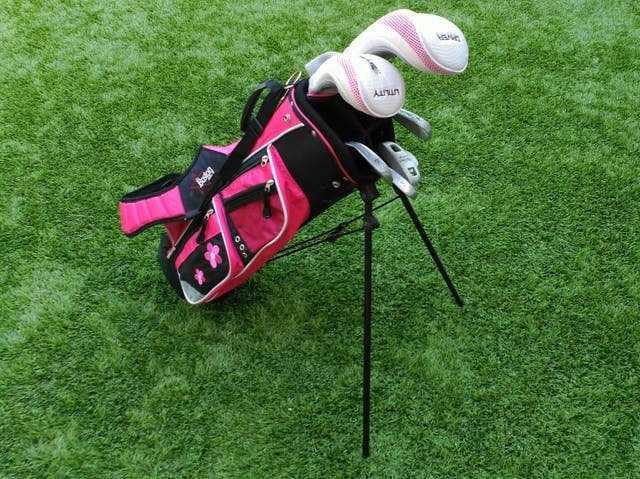 bc02d75bd2c47 Palos golf niños McGregor de segunda mano por 60 € en Utebo en WALLAPOP