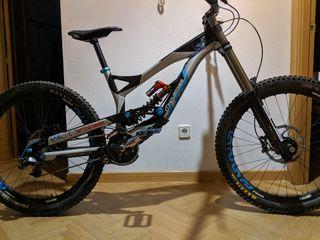 Bicicleta DH Descenso