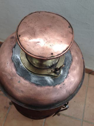 estufaa hierro caldera cobre, vapor calienta agua