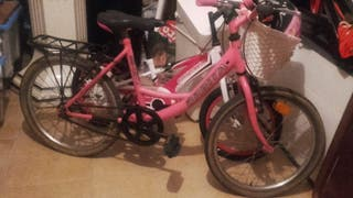 bicicleta infantil de niña
