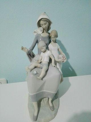familia Lladró 40 centímetros