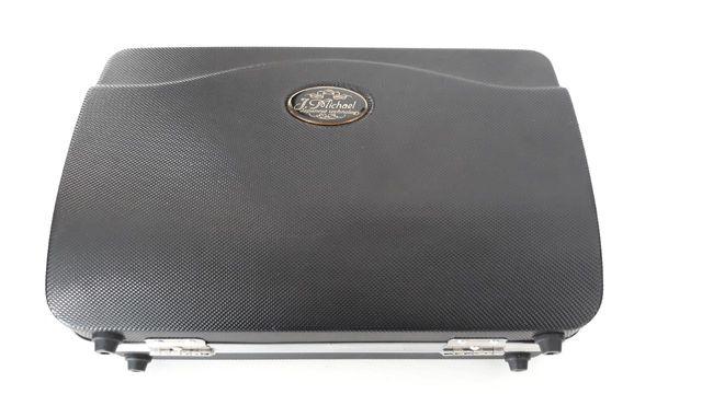 Clarinete J Michael CL-350 sin usar con estuche