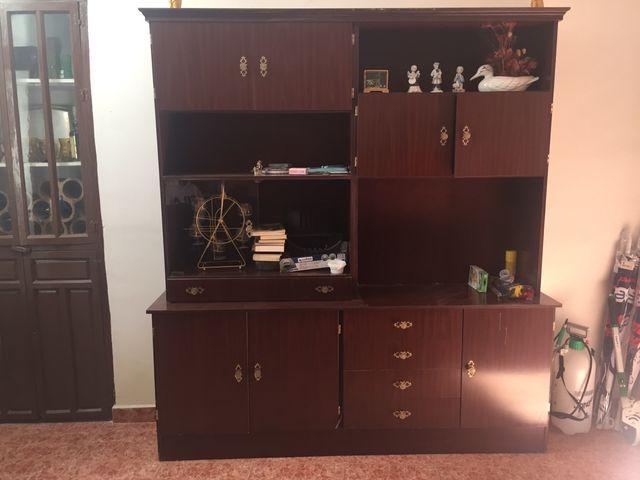 Se vende mueble de comedor antiguo. de segunda mano por 190 € en ...