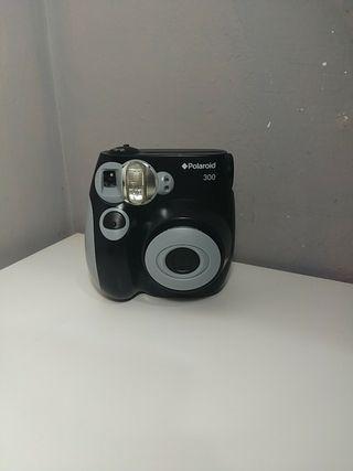 Polaroid 300, modelo moderno.