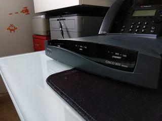 Router Cisco 827