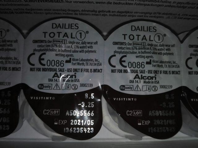4f63ae7264fd6 Lentillas DAILIES TOTAL 1 (diarias) de segunda mano por 5 € en ...