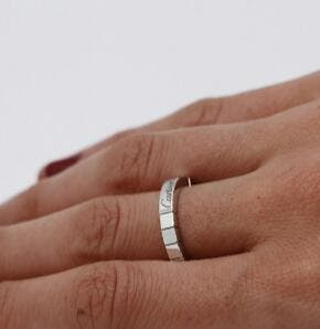 anillo cartier oro blanco