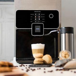 Cafetera Cecotec 8000 Super Automática
