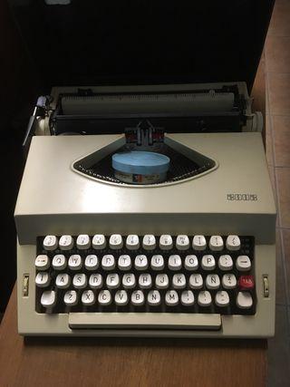 Máquina de escribir 2002 con maletín original