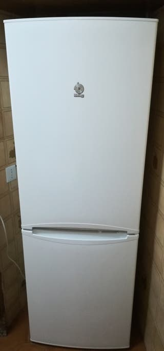 Casi nuevo frigorífico Combi Balay 170x60