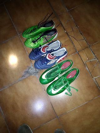 Pack de Botas de fútbol con tacos Nike , Adidas