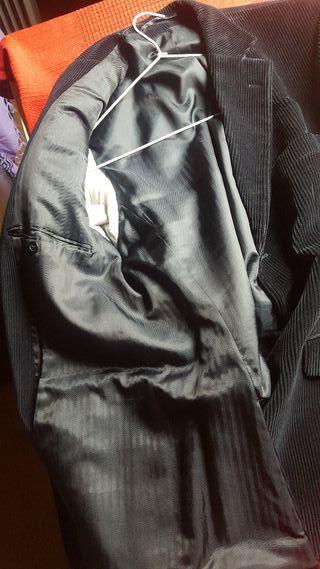 Chaqueta pana Negra