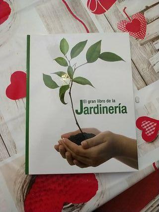 EL GRAN LIBRO DE JARDINERÍA