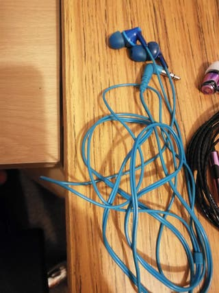 Blue panasonic earphone
