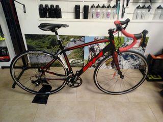 Bicicleta de caretera BH Sphene 105