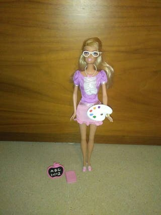 Barbie Profesora