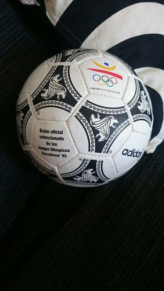 balón etrusco juegos Olímpicos Barcelona 1992 Adid