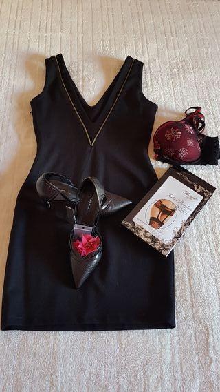 vestido negro de fiesta. talla S