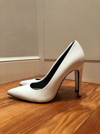 Zapatos salón Calvin Klein