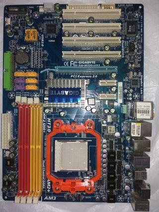 placa base gigabyte GA-M720-US3