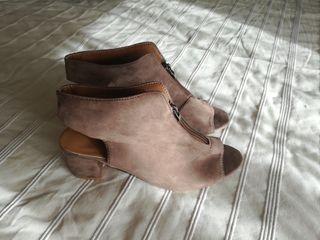 zapato tacón nuevo