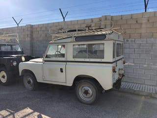 Land Rover Defender 1985
