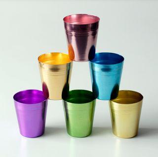 6 vasos de aluminio anodizado de colores Hong Kong