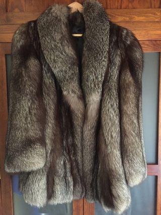 Abrigo piel zorro gris