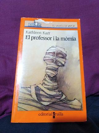 el profesor y la momia