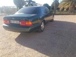 Lexus LS 2000