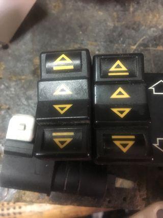 Botones Elevalunas para saxo y 106 renault