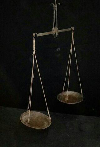 Balanza romana antigua