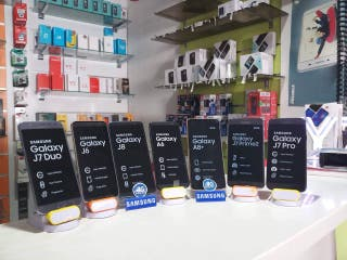 Samsung Galaxy J8 J7 J6+ J6 J4+ J5 EN OFERTA