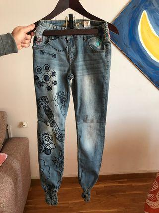 Del Mano Segunda Pantalones De Cerdanyola Vallès Wallapop Desigual En qtYtnTU