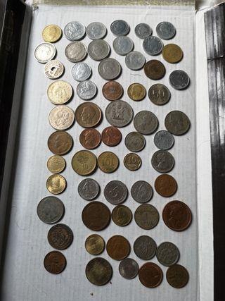 60 monedas españolas y extranjeras