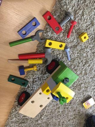 Camión herramientas madera