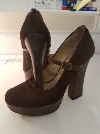 Zapatos LODI Num 37. NUEVOS