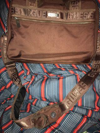 Maletín mochila oficina o estudios doble GUESS