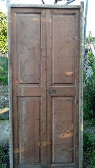 Puertas de madera antiguas de segunda mano en wallapop for Puertas de cuarterones antiguas