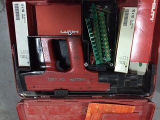 Pistola Tiros Hilti DX450