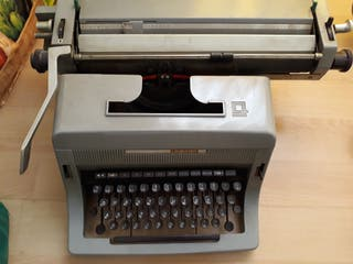 máquina antigua escribir