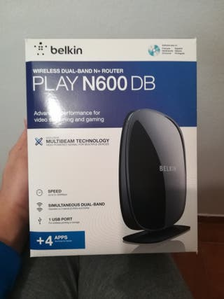 Router wifi Belkin Play N600 db