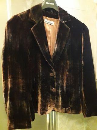 chaqueta fiesta terciopelo marron